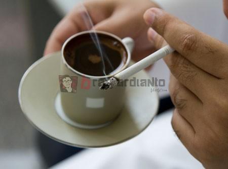Minum kopi, Merokok, Efek Buruk Merokok