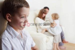 pilih kasih, orangtua pilih kasih