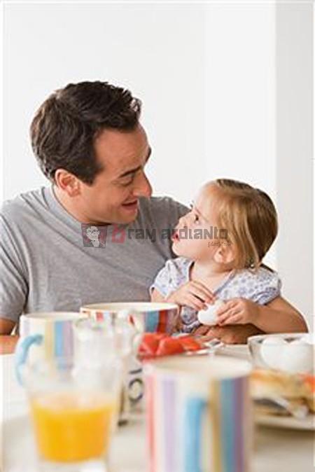 balita, balita terlambat bicara, anak lambat bicara, mengatasi terlambat bicara
