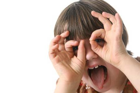 anak hiperaktif, menangani anak hiperaktif, mengontrol anak hiperaktif, mengatasi anak hiperaktif