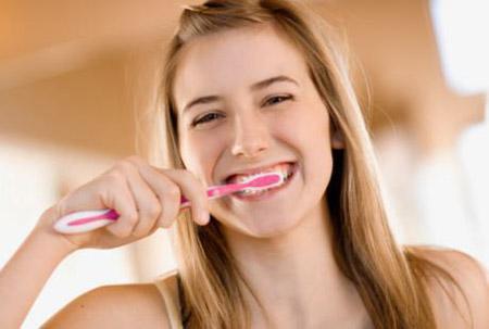 perawatan gigi, cara merawat gigi, cara membersihkan gigi