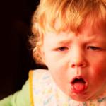 anak batuk, obat batuk madu, madu mengatasi batuk, madu meredakan batuk