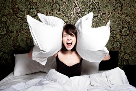 night terror, teror tidur, teror malam, penyebab night terror, gangguan tidur