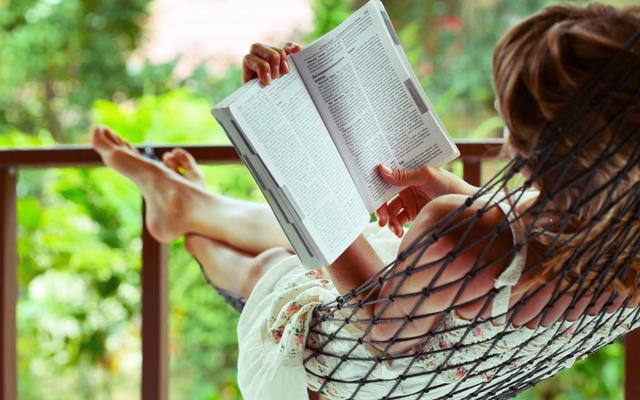 membaca, manfaat membaca, keuntungan membaca