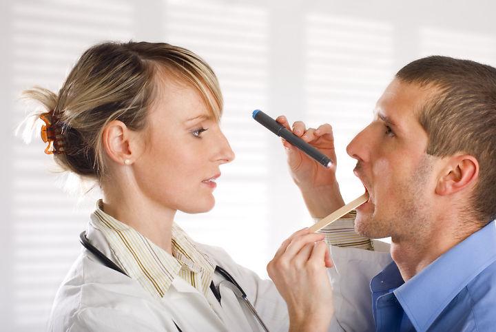 cara menghilangkan lapisan putih pada lidah, cara mengobati lidah putih pada orang dewasa, penyebab lidah putih tebal, obat lidah putih tebal