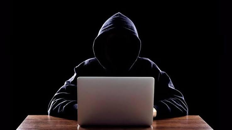 efek disinhibisi online, hateful speech, komentar jahat, netizen maha benar, netizen jahat, online disinhibition effect